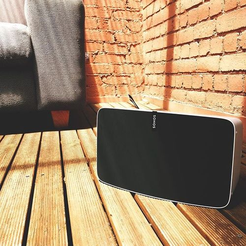 Just in time for summer: the all new SONOS PLAY:5 Barbecue anyone?  #vinylrevivalstore #brunwickst #supportlocal #sonos #sonosplay5 #multiroomaudio #sonosaustralia #bbq #outdoorentertaining #wireless