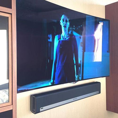 LG OLED & Sonos Play Bar!!! #mediahouse #mediadom #music #sonos #lg #custom