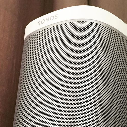 Love the sound of my #sonos #play1 #playbar #music ❤️️