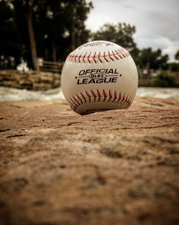 648f5c75 Photo taken by ztstein2015 on instagram with the caption of:  #officialleague #rawlings #
