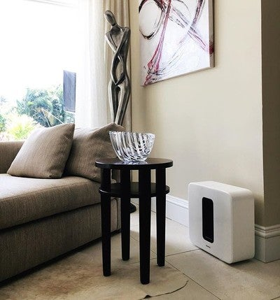 It's not just a Sub, is also a master piece of art! . . #white #sonos #sound #subwoofer #design #floridalife #music #audio #wireless #smarthome #homeautomation #home #homedecor #homestyle #homedesign