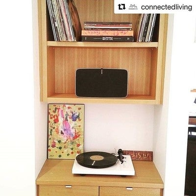 Must.have.now! This turntable allows you to play your vinyl through your Play5 - Sunday Tunes just got that much better! ❤️ repost via @connectedliving #vinyl #projectaudio #play5 #sonos #sundaysessions #connectedlivingau #connectingyourworld