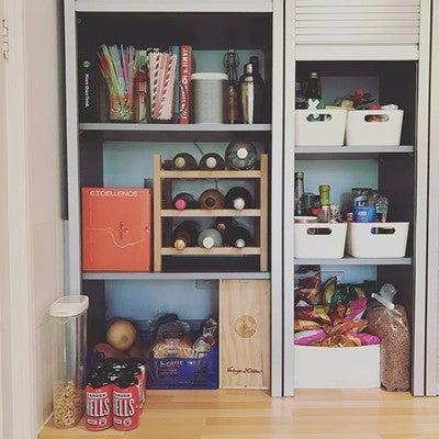 Kitchen Cupboard sound system #sonos #play1 #tunesandtinnedtuna #camdenhells
