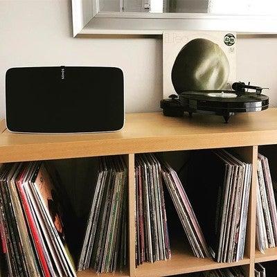Its an el pea. #vinyl #islandsampler #elpea #play5 #sonos #sonosplay5 #vinyljunkie #vinylporn