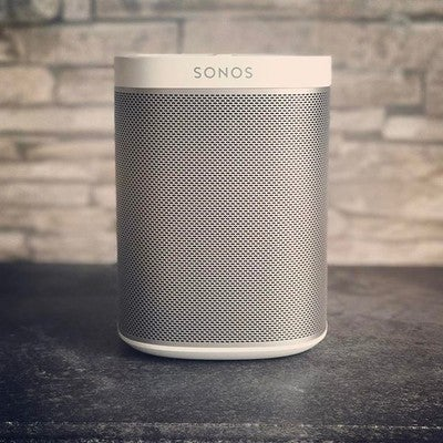 1 #play #play1 #playone #sonos #sonosplay1 #music #listentomusic #white #whiteedition #streaming #musicstreaming #spotify #interiordesign #justhaveatry #morningbeats #weekend #weekendvibes #cologne #köln #germany