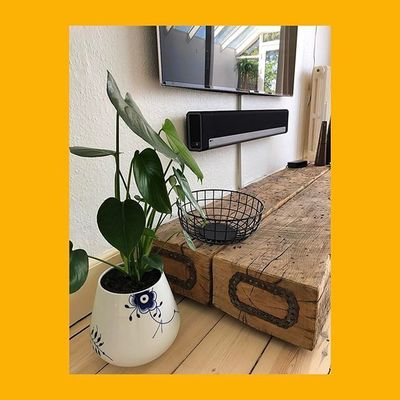 #royalcopenhagen #monstera #sonos #playbar #samsung #byloth #menu #appletv #design #danish #love #home #gay #details #yellow #black #white #wheatalley63