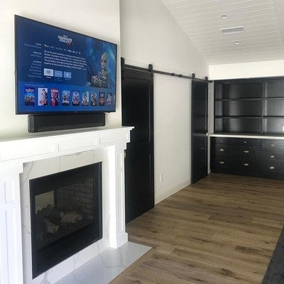 Sonos Playbar  @sonos  @hideitmounts #appletv  #sonos #playbar #hideitmounts #custom #fireplace #music #pandora #newhome #interiordesign #developer #destinationweddingphotographer #decor #weekend #santamonica #malibu #hollywoodhills #moving #malibu #santamonica #beverlyhills #burbank #glendale #studio #studiocity #remodel #realtor #realestate #luxury #estate #modern