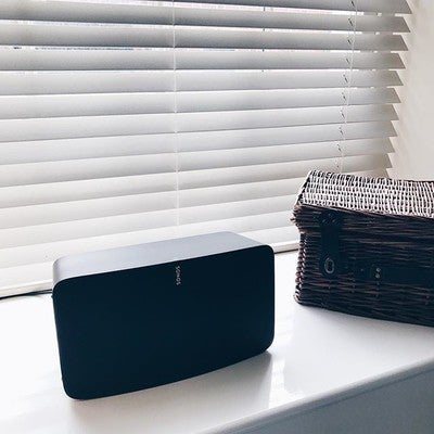 My home is like #sonos central. Love the sound, clarity and minimalistic design of this superb device! Right up my street  #play5 #entrepreneurlife #businessowner #motivation #work #motivational #desire #design #sound #entrepreneurs #passion #clarity #happiness #inspiredaily #norwich #entrepreneurship #startuplife #working #businessman #successful #fashion #hardwork #grind #lifestyle #minimalist