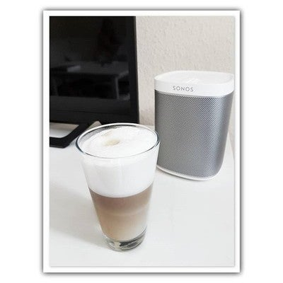 Entspannt Musik hören und einen Latte Macchiato trinken  #kaffee #kaffeetweet #coffee #coffeetweet #coffeeaddict #instacoffee #needcoffeenow #nespresso #lattemacchiato #music #sonos #play1 #spotify #currentmood