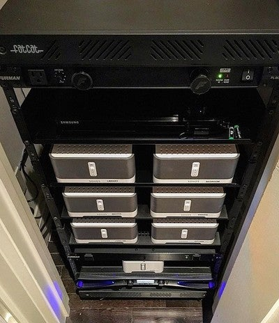 Equipment rack with Crown amp, Furman power conditioner, and quite a bit of Sonos! seven zones of whole home audio. #equipment #rack #whole #home #audio #music #sonos #furman #crown #picoftheday #instagood #seven #zones #sound #jobwelldone #custom #design #baybloorradio @thewrightsound @sonos @crown_audio @baybloorradio @rob_di_nardo