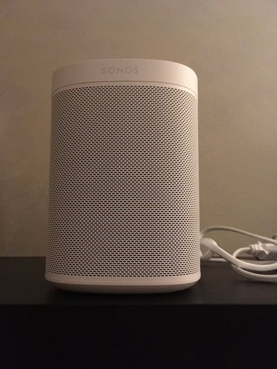 #SonosOne My brand new toy @Sonos https://t.co/h259oeCHfE