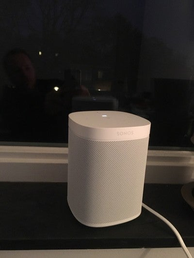 Happy with Alexa #SonosOne https://t.co/PiKWNsBI6c