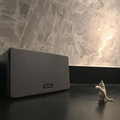It's amazing. All hail the new speaker! #sonos #moomin #moominapproved #sonosplay3 #play3 #newspeaker #interiordesign #kitchendesign #kichencounter #kitchendecor #kitchenporn #kitchencountertops #mikrosementti #renovation #remontti #remppa #mynordicroom #interior4all #nordichome #scandinavianhome #scandinavianliving #myhome #interiordesignideas #interiorforyou #skandinaviskehjem #interior_and_living #homedesign #instainterior #skandinavianinterior