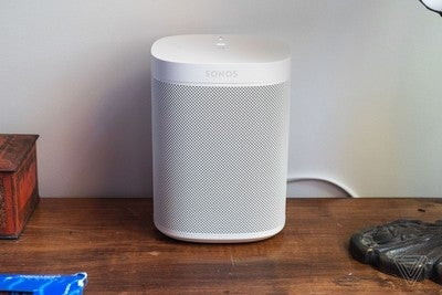 The #SonosOne is already going on sale for $175 on #BlackFriday https://t.co/VgVFhYuajF #TechNews #WirelessSpeakers https://t.co/IGywK8BHp8