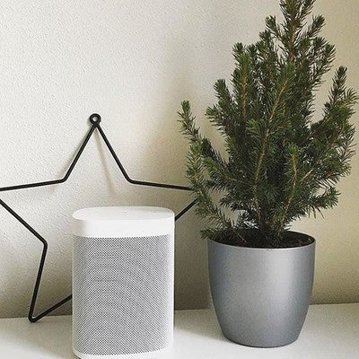 All I want for Christmas is the new @sonos One wireless speaker. Better than a bf or gf the Sonos with Alexia always knows the right thing to say. #christmaspresent #giftgood #giftguide #giftsforhim #sonosone