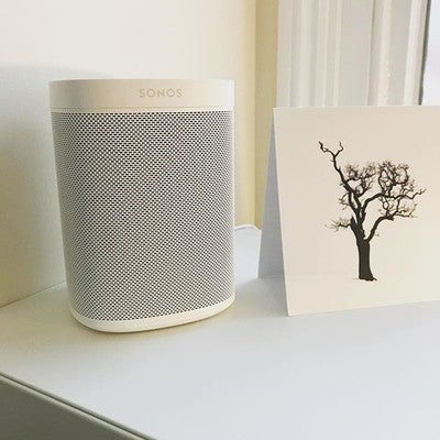 On a winters morning, I need some good tunes to get me up and going!  And I just have to ask the @sonos One so I don't even need to move from the warmth of the duvet, until I really have too! #hometech #music #loddon #sonosone #audio #smarthome #voicecontrol #morningmotivation #norfolk #norwich #hometechexperiencecentre #winter