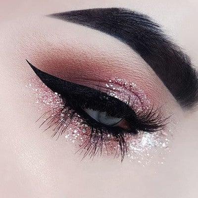image by bangtsikitsiki containing eyebrow, eye shadow, eyelash, beauty, eye