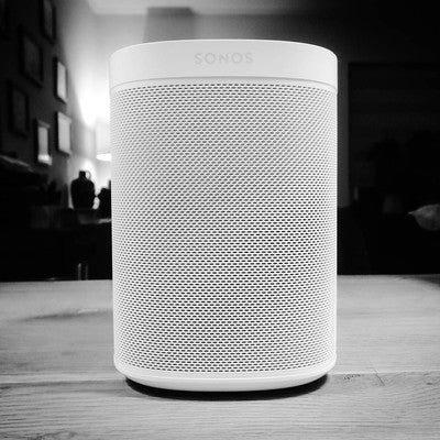 What a #beauty  @sonos #one #sonos. Pret op kantoor. #instamusic