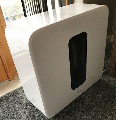 Final piece #sonos #sub #white #bedroom #system #setup #sonosplaybar #sonosplay1 #sonossub
