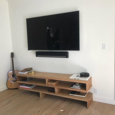 Tv Installation... with soundbar #samsung #sonos #playbar #hollywood #hollywoodhills #losangeles #la #luxurylife #realestate #realtor #developer #newhome #interiordesign #design #estate #contractor #tvinstall #beverlyhills #santamonica #malibu #beach #oceanview
