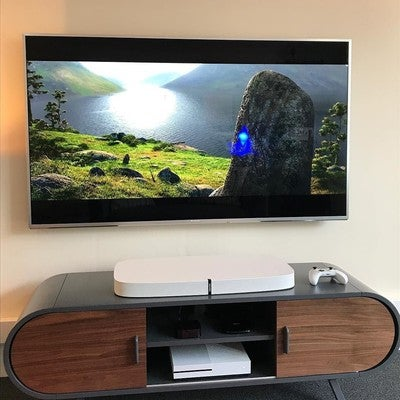 What else could we watch in the Home Tech Experience Centre on the Bard's birthday but Brave!  Fact: @customised1 went to school with Julie Fowlis, the Scottish singer featured on the film!  And the music sounds awesome on the @sonos PLAYBASE! #brave #robbieburns #highlands #burnsnight2018 #hometechexperiencecentre #sonos #4k #throwbackthursday #scotland #homecinema #playbase #smarthome
