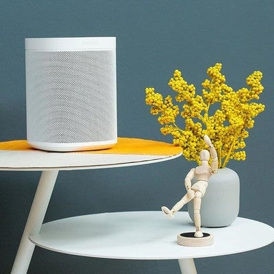 With @sonos One and Amazon Alexa, just say and play any song in any room. . .  What are you excited to hear? . . #ourhomestc #sonosone #sonos #amazonalexa #smartspeaker #lifestyle #decor #homedecor #niagara #stcatharines #tech #audioporn #music #style #audiophile #minimalism #minimal #design #quality #sonosathome #spotify #playlist #modern #minimalist #homestyle