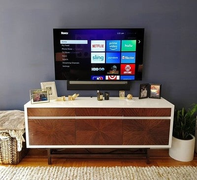 #LG #OLED and #SONOS #PLAYBAR  #hiddenwires #wallmounted #hometheater #cleaninstall #taskrabbit #handyman #homeimprovement #diy #nyc #home #smallspaces #wallmountedtv #apartmenttherapy #decor #accentwall #soundbar