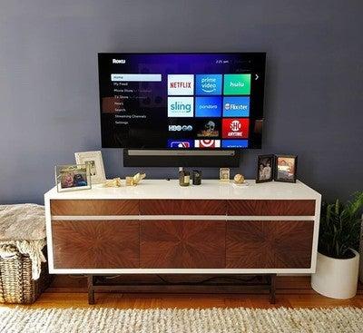 #LG #OLED and #SONOS #PLAYBAR  #hiddenwires #wallmounted #hometheater #cleaninstall #taskrabbit #handyman #homeimprovement #diy #nyc #home #smallspaces #wallmountedtv #apartmenttherapy #decor #accentwall #soundbar