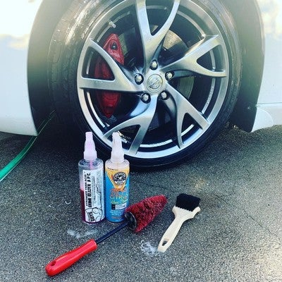 Hubcap Tire And Wheel >> Red Rocket Brush
